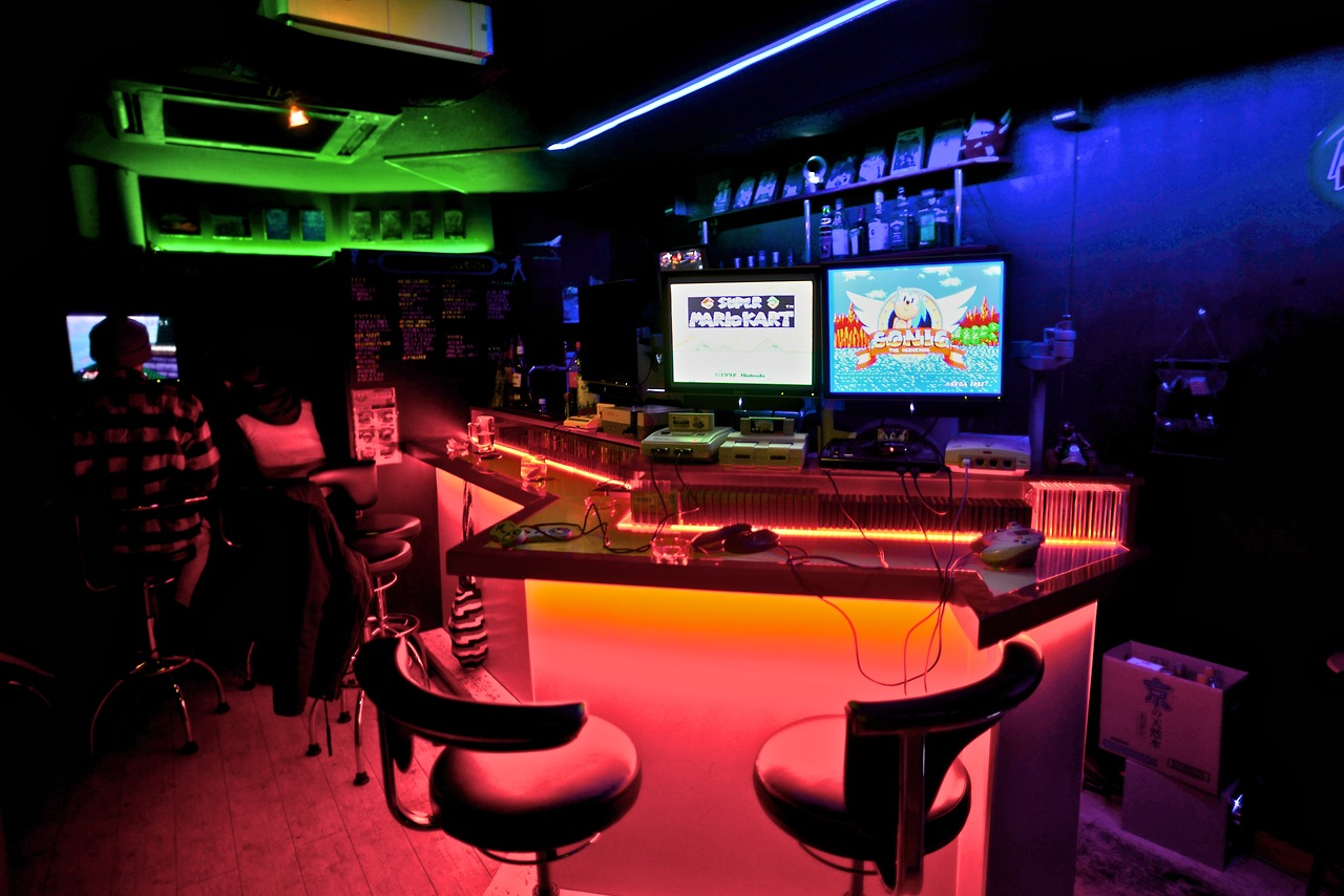 Video game themed bars the next big thing in drinking for Food bar drinking game